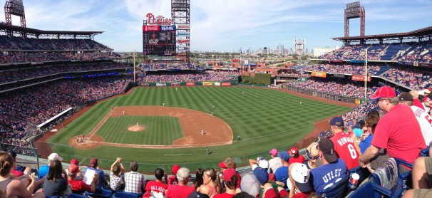 citizens-bank-park-1359175_1920